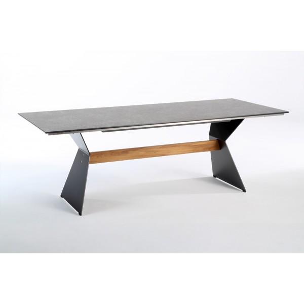 Nero Design Gartentisch